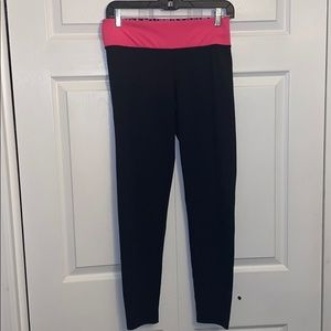 Women's size medium PINK leggings!